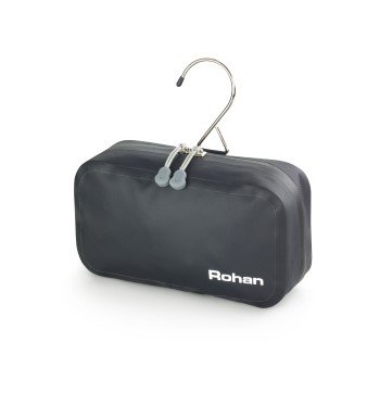 Compact expedition washbag