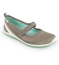 Lightweight travel and everyday shoe.